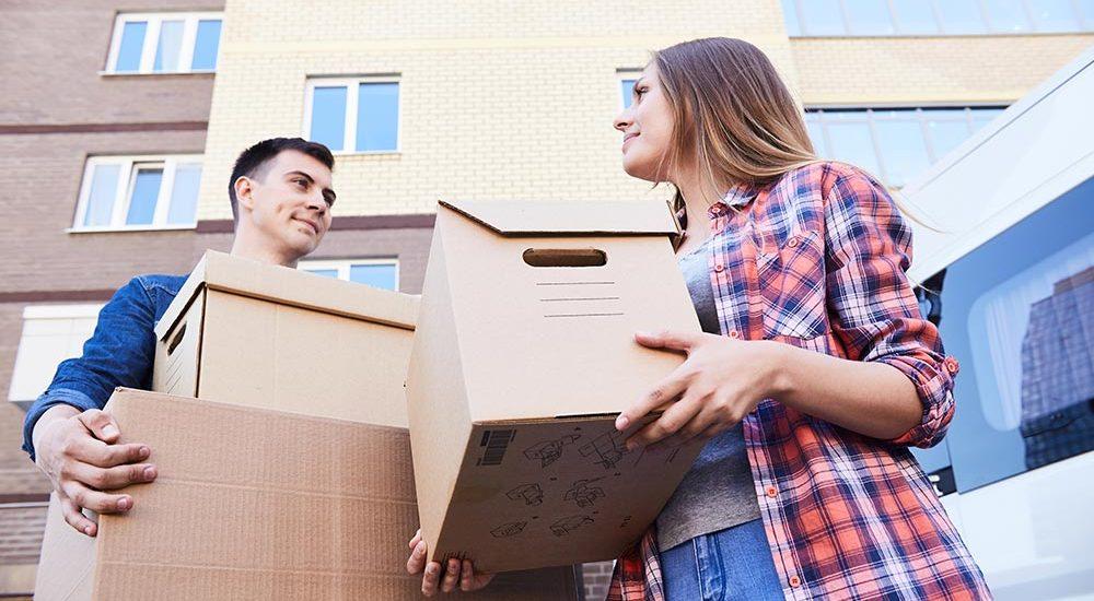 Müssen Ex-Partner nach Auszug bei Trennung weiter Miete zahlen?