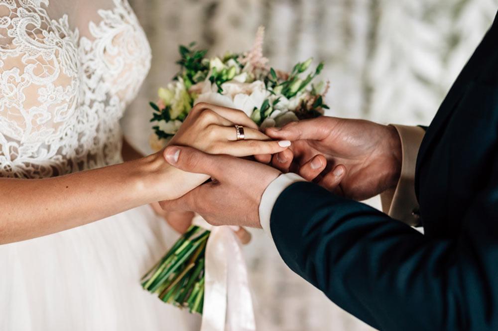 Hochzeit: Was Sie über Ehevertrag, Unterhalt und Ehegattensplitting wissen sollten