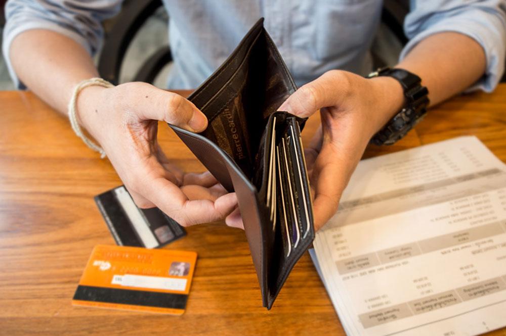 Scheidung mit Schulden: Wer hat die Schulden nach einer Trennung zu tilgen?